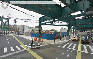 E-Train_List/Queens_Plaza_And_GEO.jpg