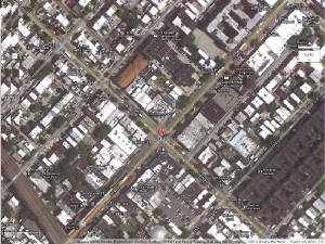 Q-Train-20-29/Ditmars_Blvd_And_31_GEO.jpg